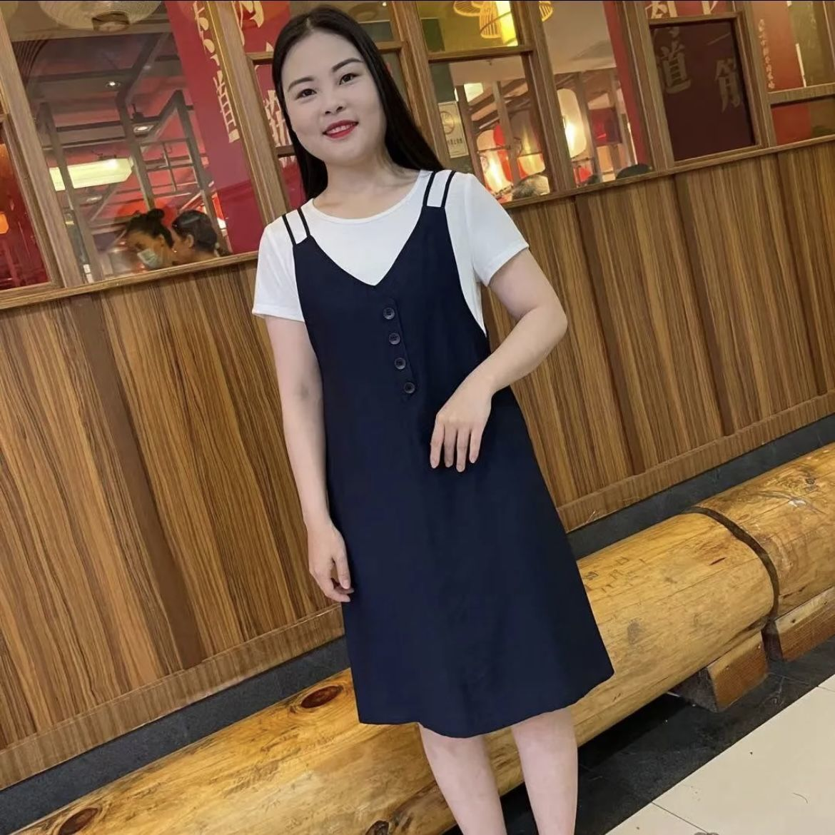 Strap dress middle-aged mother womens dress 2021 summer new leisure foreign style show thin fake two short sleeve skirts