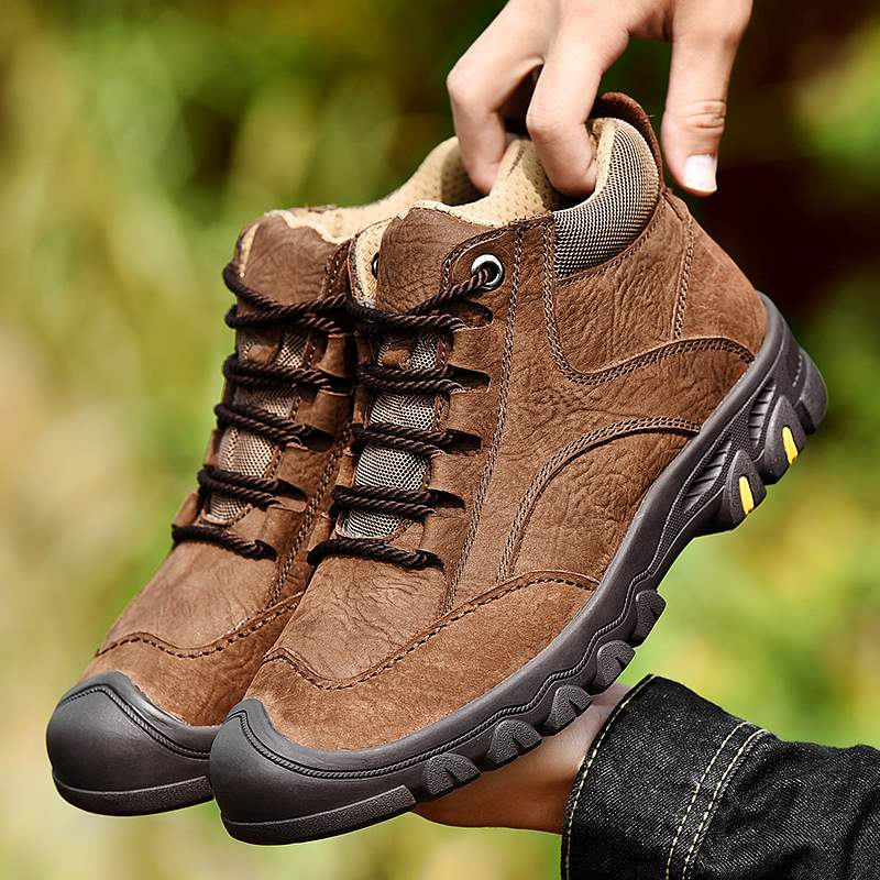 Winter wear high top mens outdoor shoes pure leather warm cotton shoes middle-aged mens father cowhide Plush mountaineering shoes
