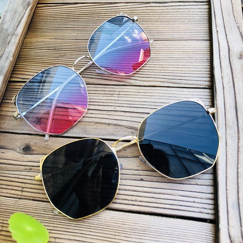 家直销韩版 方形太阳镜海洋片猫耳朵眼镜女士可爱圆脸显瘦墨镜Q06