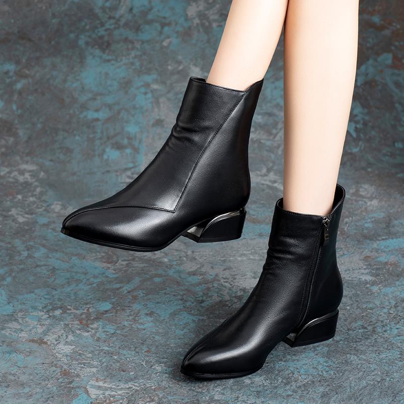真皮短靴女鞋子2020年新款牛皮低跟马丁靴加绒中跟秋冬季中筒靴子