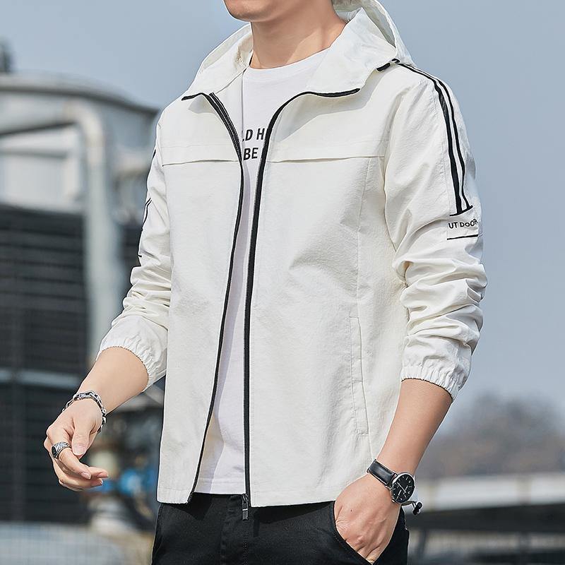 男士运动外套2021夏季薄款上衣韩版潮流休闲潮防晒衣大码男装夹克