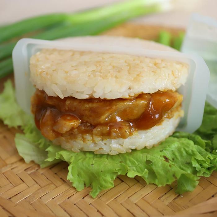 口米ハンブルクの子供の栄養の朝食の安全食品のマイクロ波はすぐに食べます。