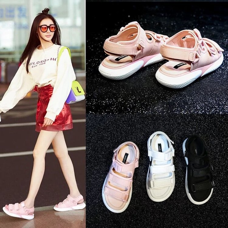 New girls Korean version girls 13 junior high school students 15-year-old college style thick soled sandals 12