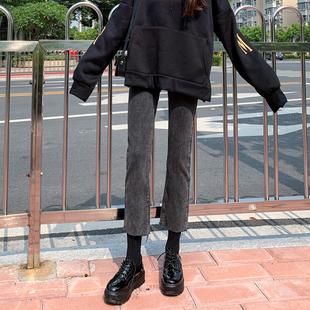 烟灰色加绒牛仔裤女2019秋冬季新款高腰显瘦百搭宽松黑色直筒裤子品牌