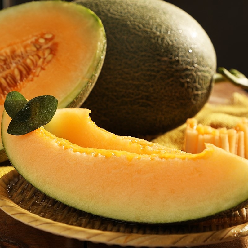 新疆哈密瓜新鲜当季时令水果香瓜脆甜网纹瓜重7-8斤西州蜜瓜包邮