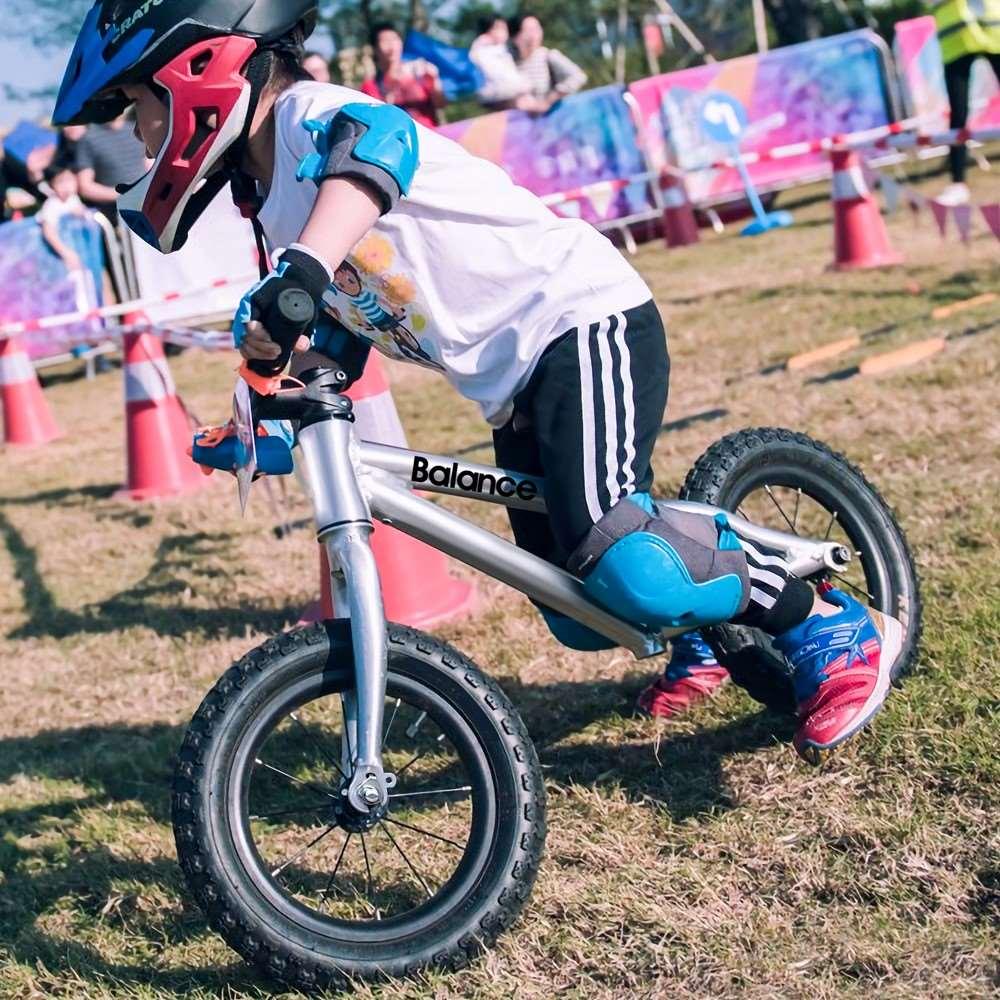 (用200.8元券)没有脚蹬的自行车儿童儿童平衡车滑步滑行宝宝男孩小孩单车1-2-3-