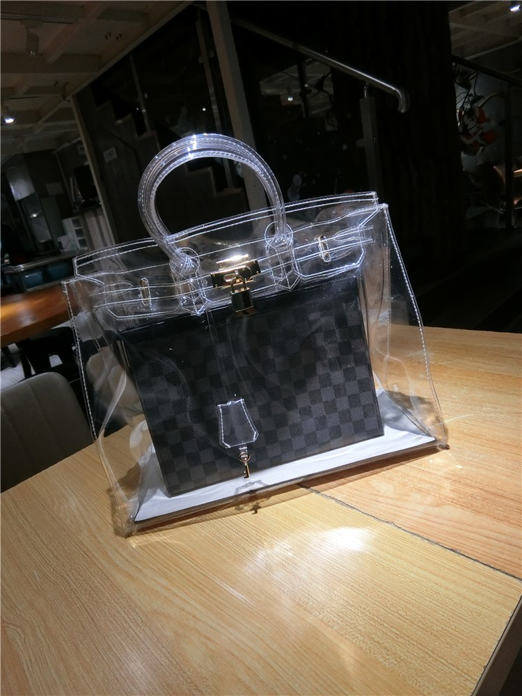 Transparent platinum bag imported from Japan 2020 new bag European and American fashion jelly portable Kelly bag female xiajisha