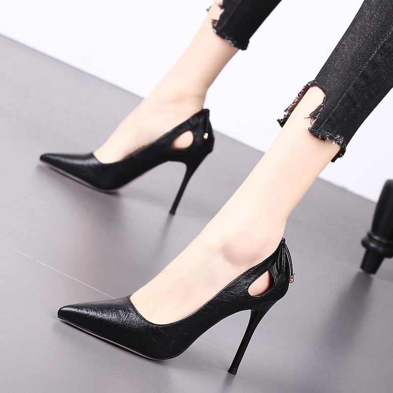 Spring 2020 new pointed high heels slim heels shallow mouth sexy versatile single shoes spring net red French girl autumn