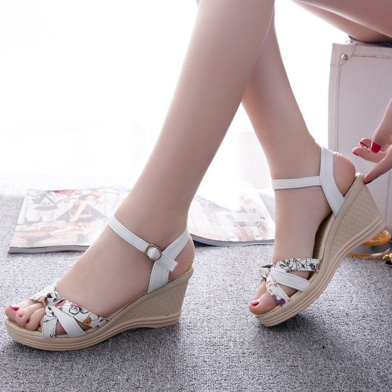 ? pillow. Skirt. Sandals high heeled lame heeled slippers female summer slope o high heeled thick heeled middle aged half high summer 2020