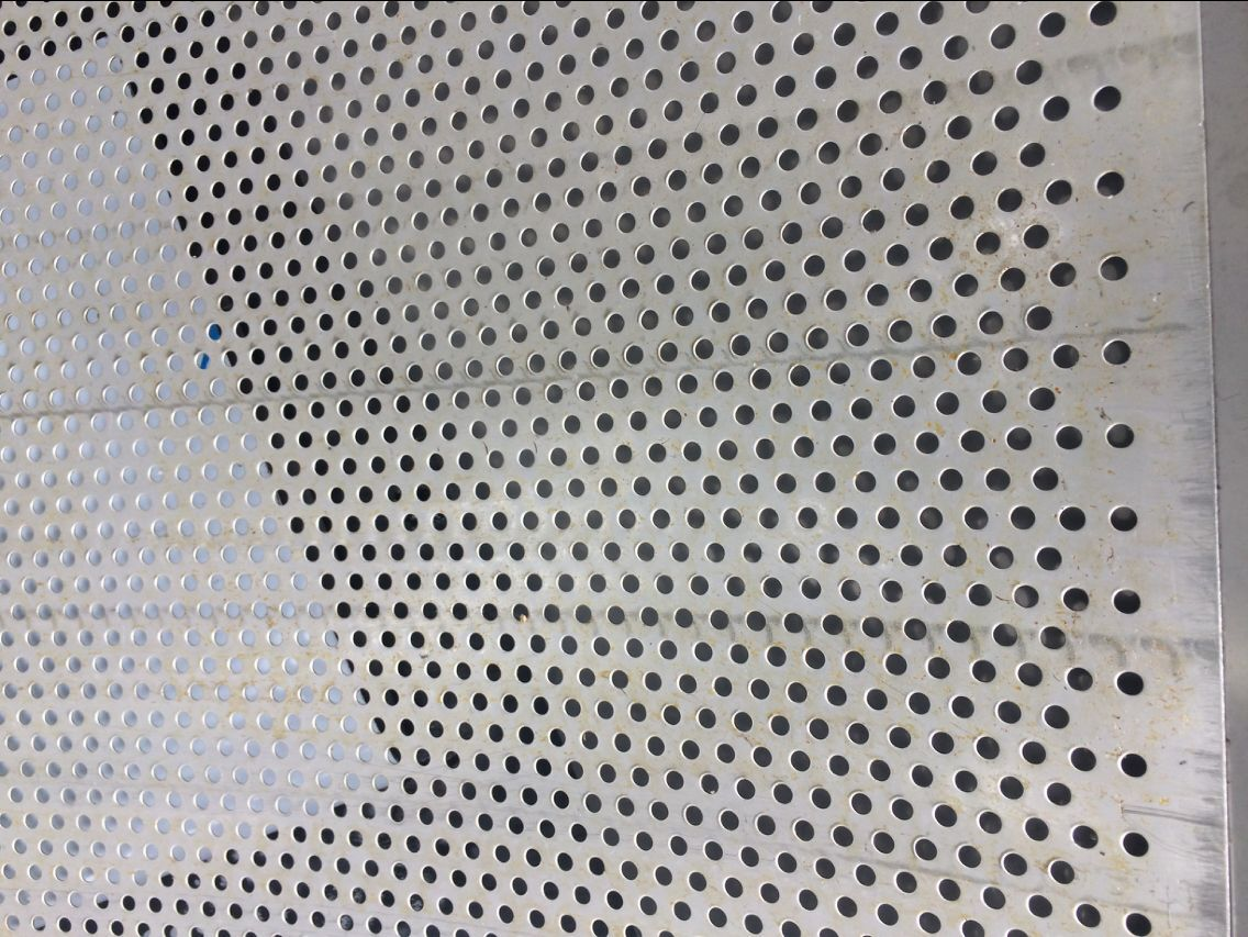 304 stainless steel perforated plate mesh / perforated plate / perforated mesh plate / round hole plate / 1.0 thickness * 5mm hole / 1 * 2m