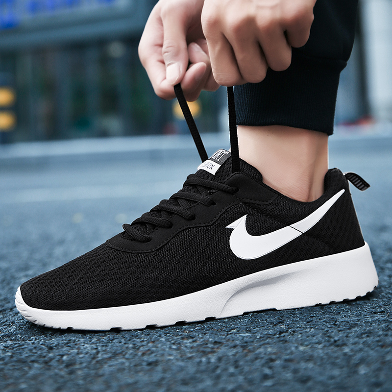 Sports shoes mens summer breathable mens shoes black mens casual shoes London lovers running shoes students board shoes children