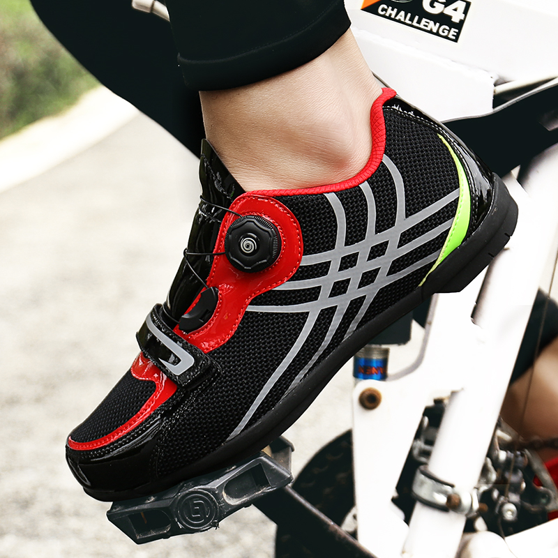 Special price clearance 38 40 41 yard Highway Mountain Mens and womens leisure cycling shoes lockless shoes hard soles