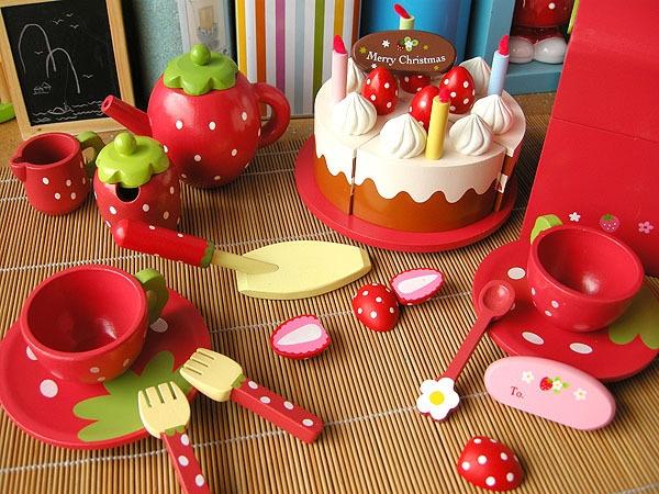 :)木制草莓蛋糕切切看乐过家家女孩玩具厨房套装木质儿童生日礼物,可领取1元天猫优惠券