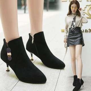 短靴女秋冬2019新款韩版高跟女鞋细跟靴子冬尖头裸靴单靴马丁靴女