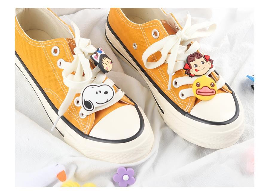 鞋花帆布鞋潮流创意印花鞋带配饰可爱运动鞋小白泫雅配饰品女生潮