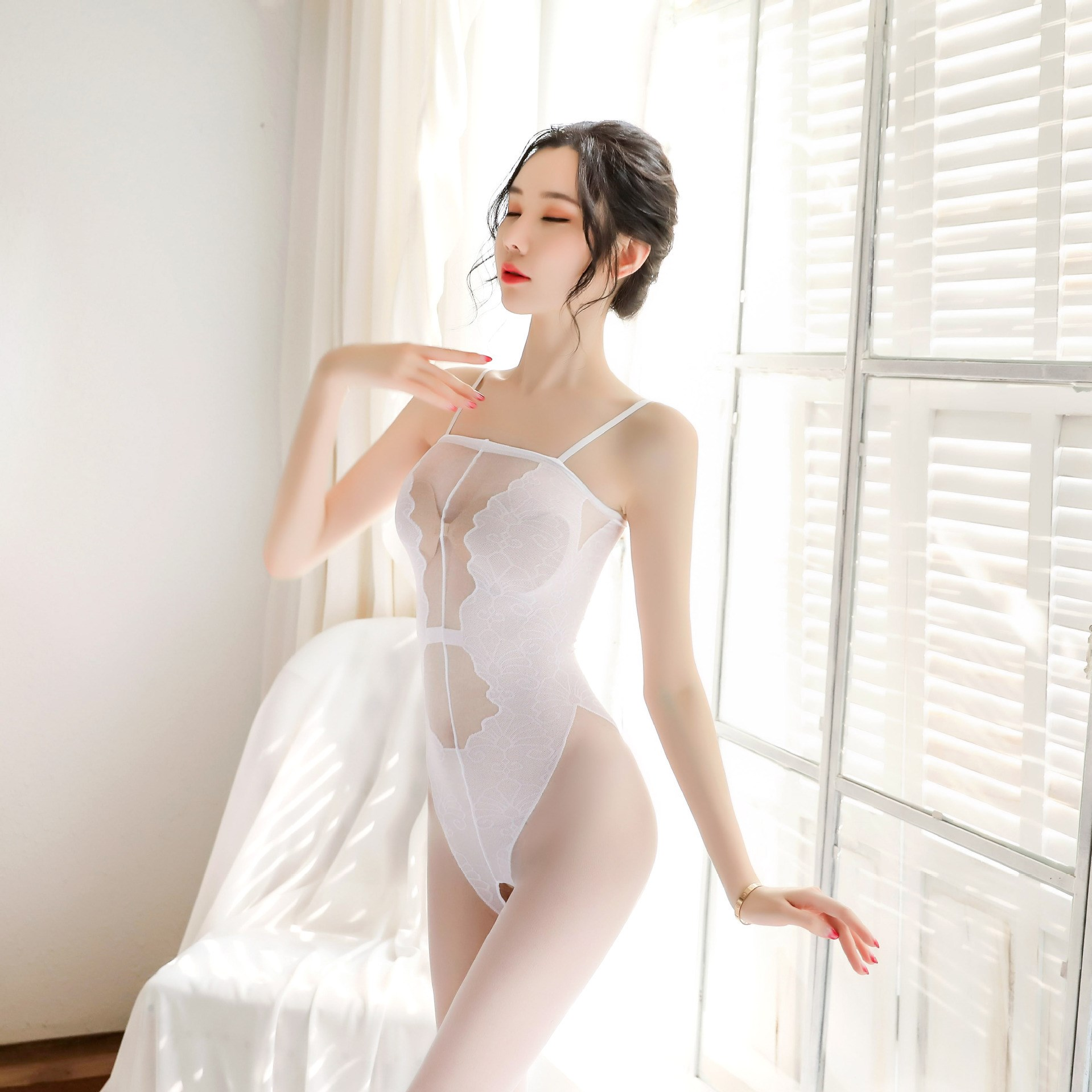 Sexy underwear European and American popular small breast women lace suspender stockings suit