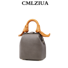 Cmlziua new leather slant span simple doctor bag small group design foreign style advanced sense ins super fire bag woman