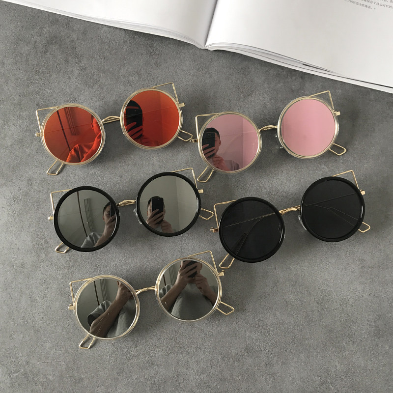 2017 new sunglasses European and American metal frame cutout Sunglasses female personality trendy cat ears round