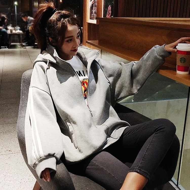 Autumn and winter Korean large size 200kg loose high collar Hooded Jacket Womens Plush thickened sweater baseball cardigan
