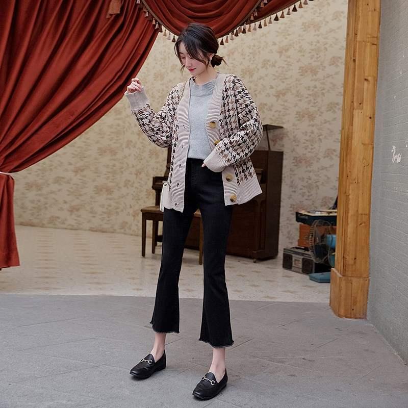 韩国黑色毛边微喇叭牛仔裤女2020春秋新款高腰阔腿八分泫雅小喇叭