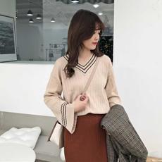 时尚休闲针织套装2019新款春季V领长袖套头针织衫+开叉包臀半身裙