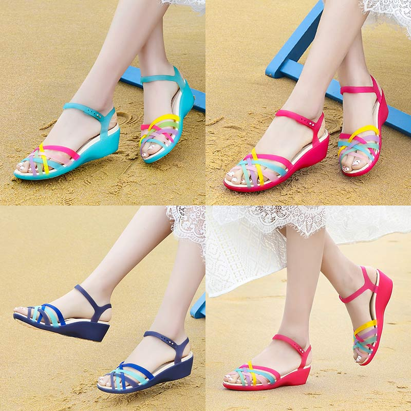 塑料凉鞋女夏季坡跟水晶果冻鞋女2019新款韩版防滑百搭塑胶沙滩鞋