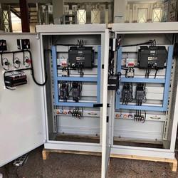 组装XL-21低压配电柜GGD进出线柜成套开关箱电容补偿控制柜变频柜