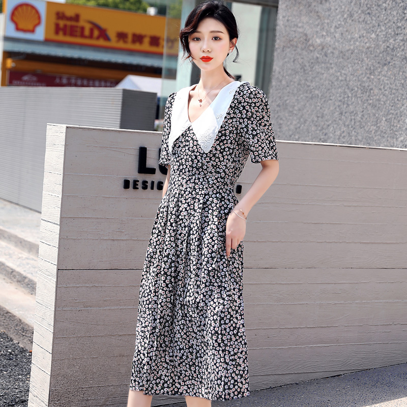 2020 summer new baby collar floral dress for women