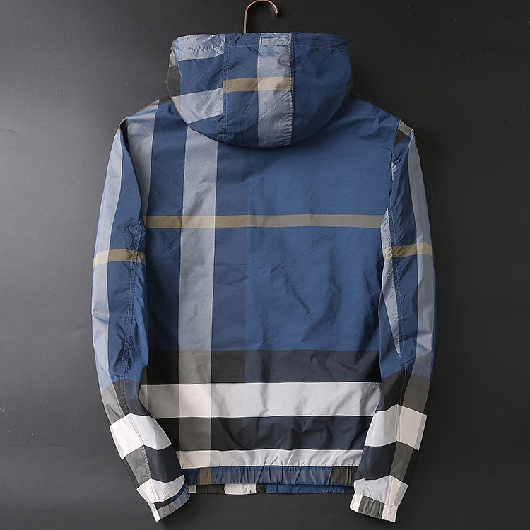 。 Autumn mens Hooded Jacket slim fit business leisure youth large plaid coat thin fashion wear