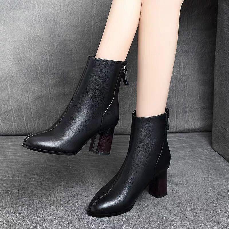 2019新款秋冬百搭马丁靴中筒复古粗跟短靴女士时尚中高跟加绒棉鞋