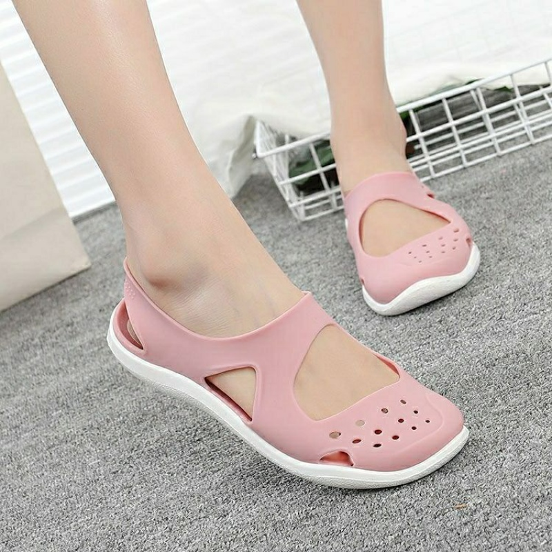 2020 new versatile non slip student soft bottom jelly beach sandals hole shoes plastic sandals female summer hollow out