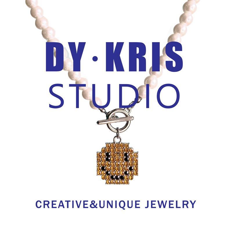Dy · Kris punk style fashion simple street popular diamond smile pearl ot buckle Necklace Pendant