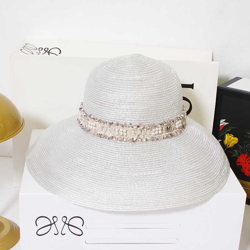 Sunshade hat female summer small fragrant breeze beach small along basin hat seaside sunscreen hat foreign fashion net red hat