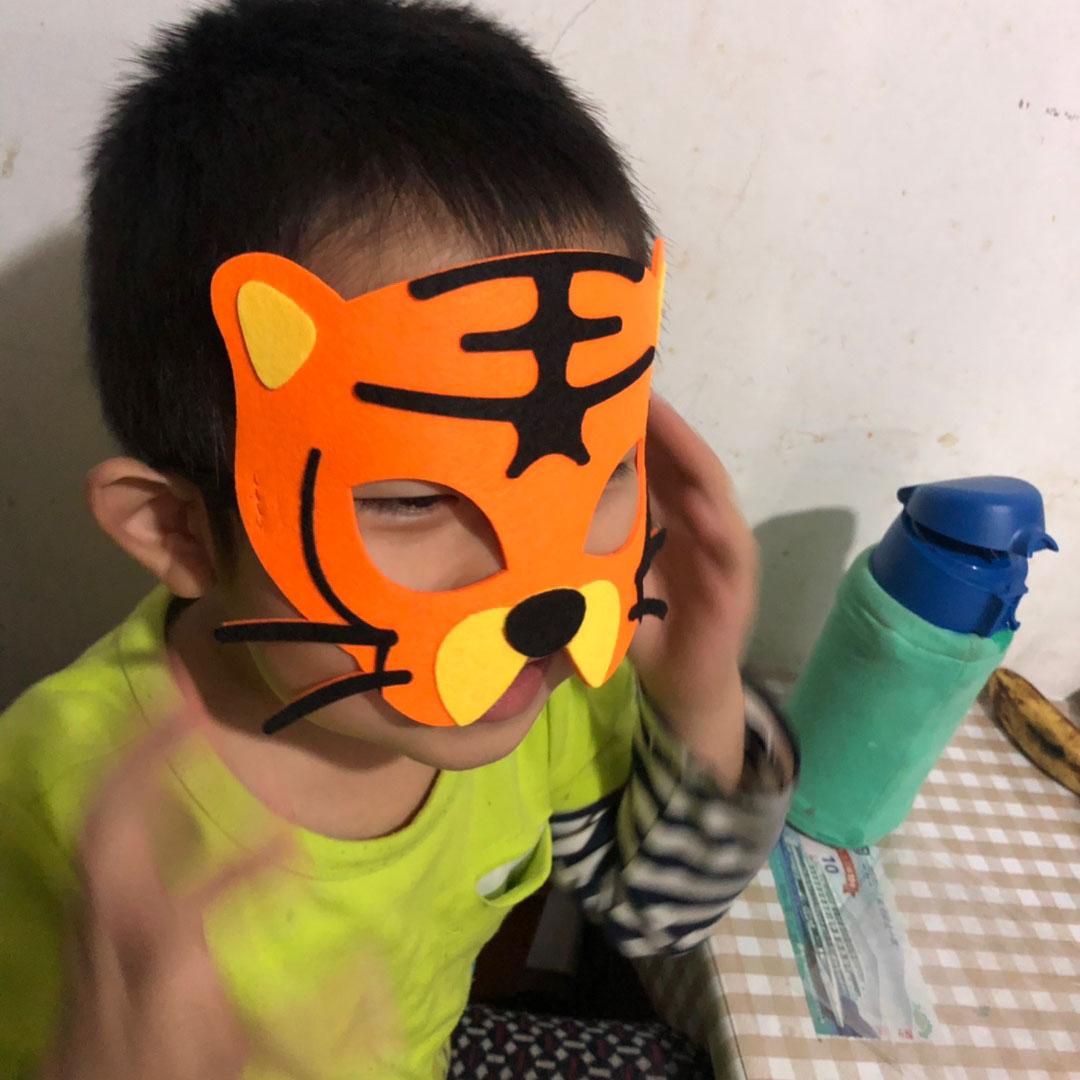 儿童六一活动演出小动物面具猴子老虎熊猫长颈鹿cos角色扮演头。