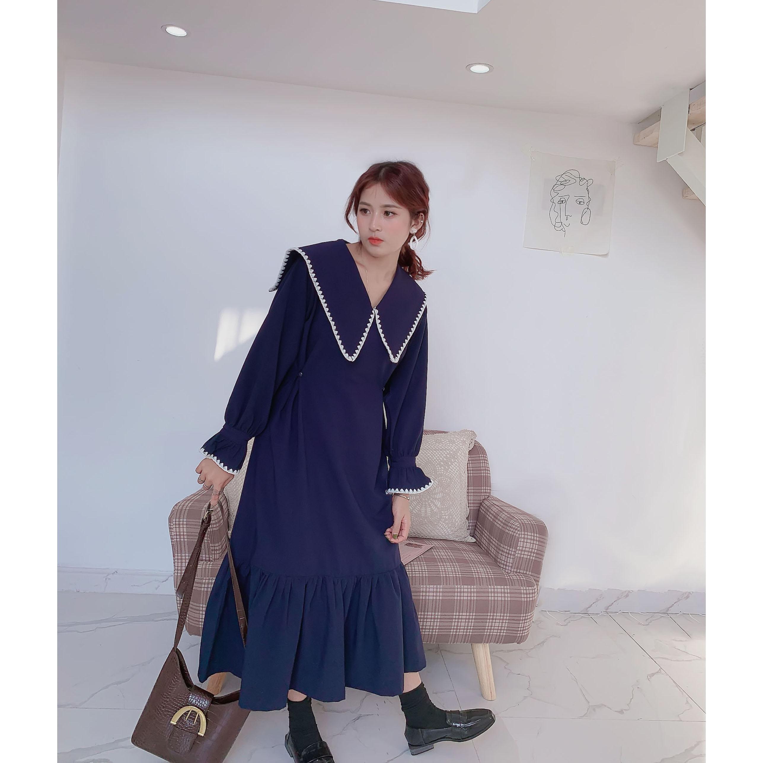 2020秋季新款法式复古长袖衬衫裙收腰显瘦中长款气质连衣裙女纯色