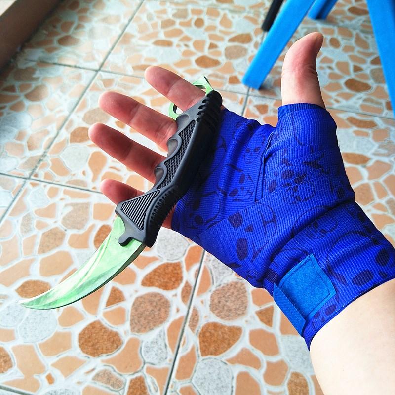 游戏动漫csgo裹手周边皮肤骑行实体模型自手部手套束带缠绕运动。