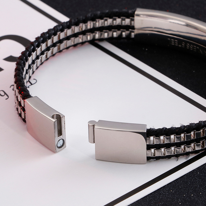 Leather rope stainless steel Leather Braided Bracelet Jewelry designer simple box chain fashion hand ornament European and American titanium steel bracelet man