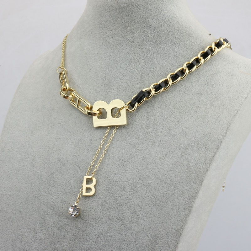 European and American retro exaggerated B letter chain stitching thick chain necklace double tassel gem neck chain knitting sweater chain