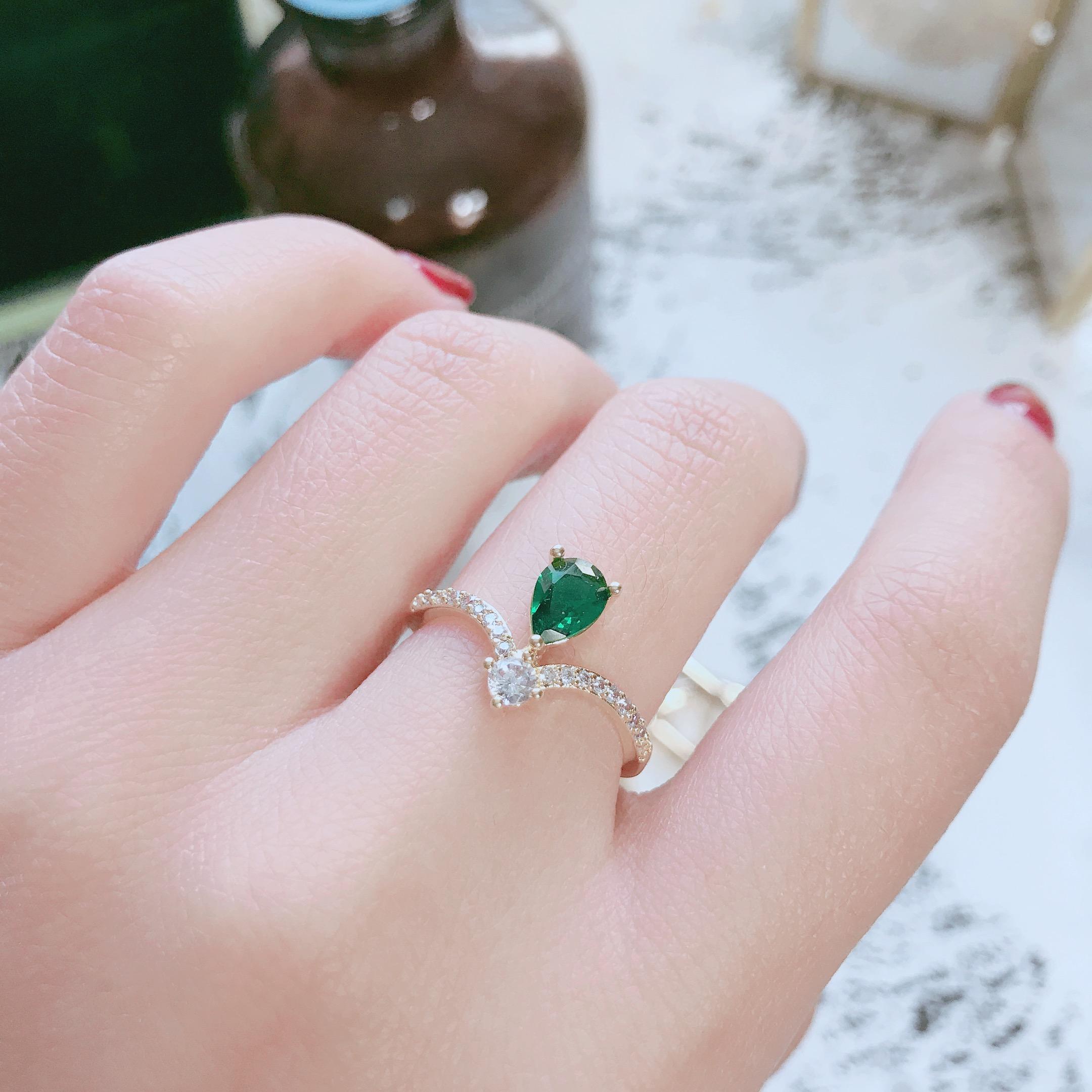 LN日系轻奢韩式ins少女祖母绿钻水滴皇冠中食指戒指女指环潮人学