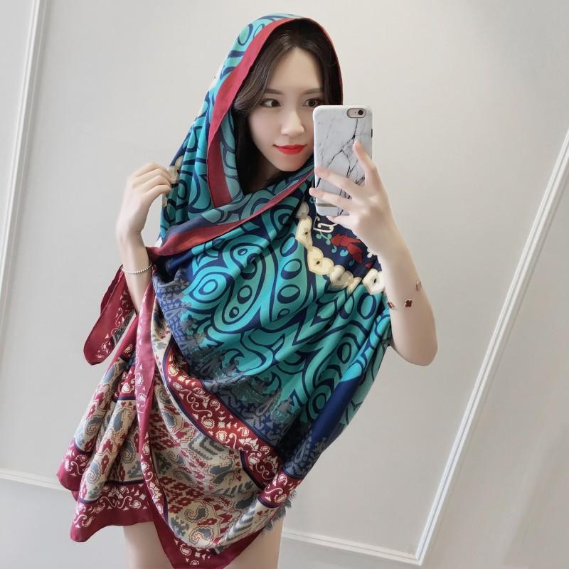 夏天海边防晒披肩沙滩围巾两用韩版薄款民族风旅游长款棉麻纱丝巾