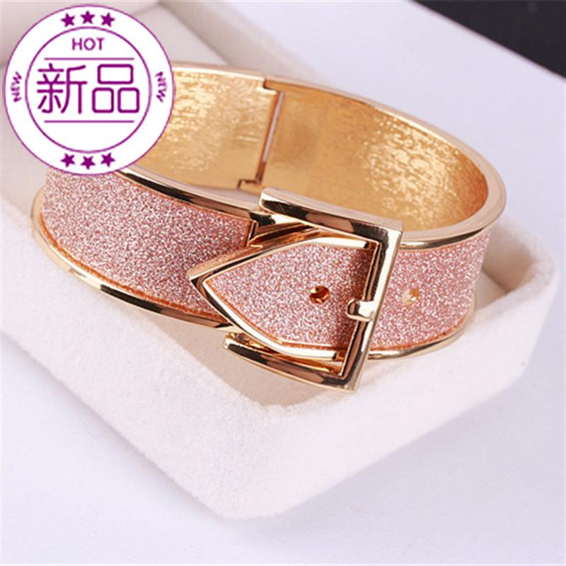 Bracelet womens personality, fashion, exquisite trend, versatile European and American sweater cuffs, hand accessories