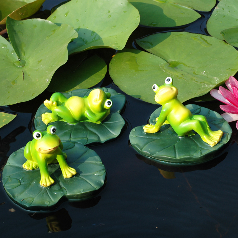Simulation frog fish tank decoration ornaments outdoor garden small pond landscape floating animal resin sculpture lotus