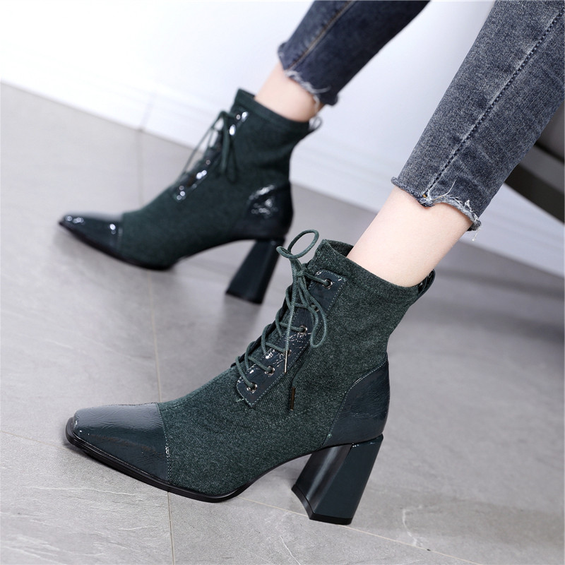 2020 winter British splicing handsome lace up student net red Martin boots womens square head thick heel high heel short boots cotton boots