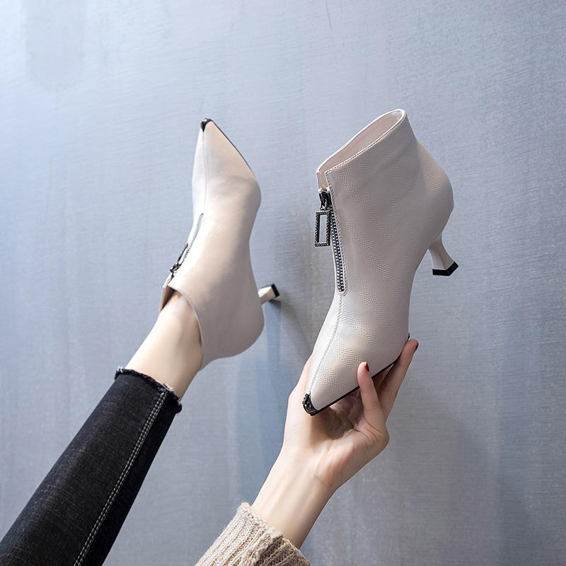 前拉链时尚短靴子2020新款高跟鞋2020秋季前拉链马丁靴英伦风单靴