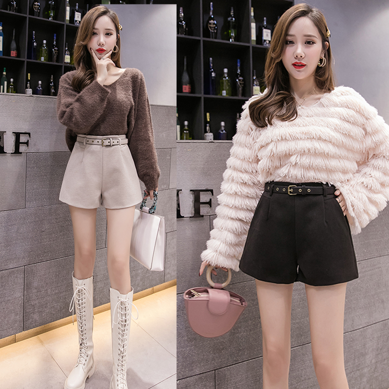 New Korean style slim fit with waistband, woolen shorts, high waist and wide leg boots