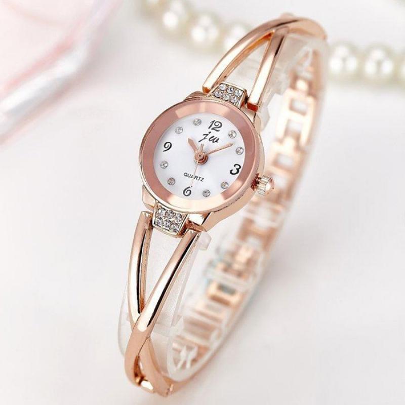 Casual watch female students Korean version simple fashion trend women quartz temperament simple elegant bracelet bracelet watch