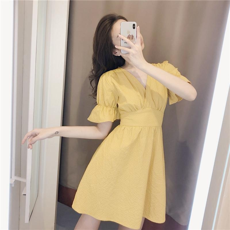 Hot V-neck light yellow Plaid Dress summer 2021 new versatile temperament commuter dress