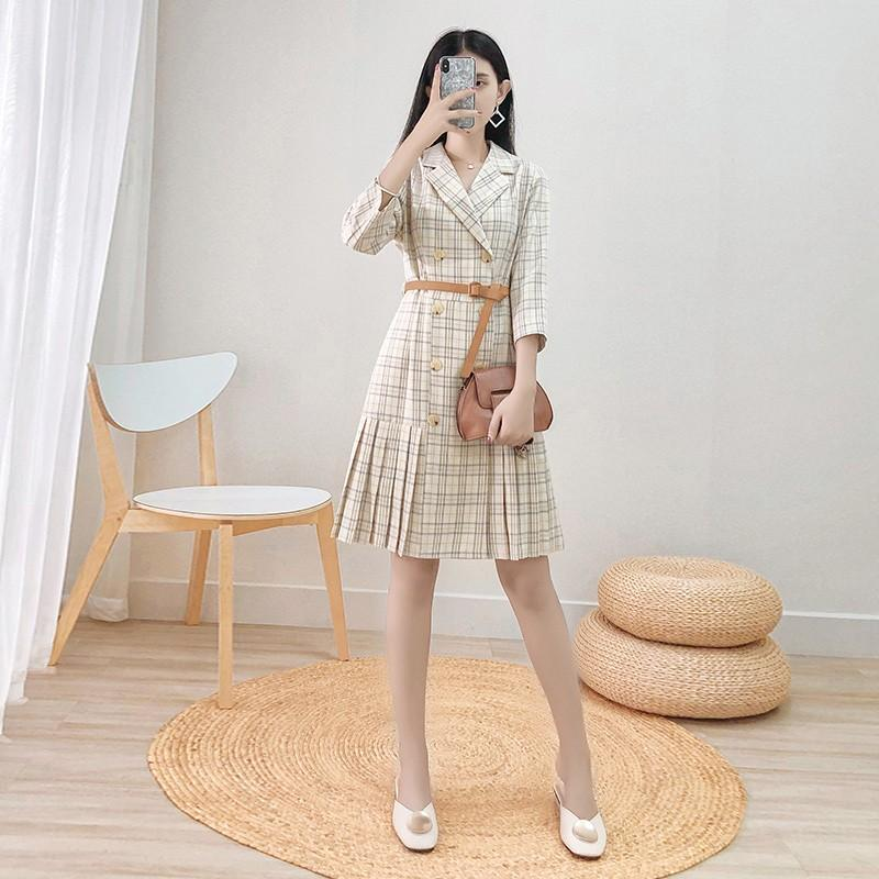 Xiaoxiang style dress 2020 spring / summer new high waist waist waist show thin temperament 100 fold suit skirt a short skirt