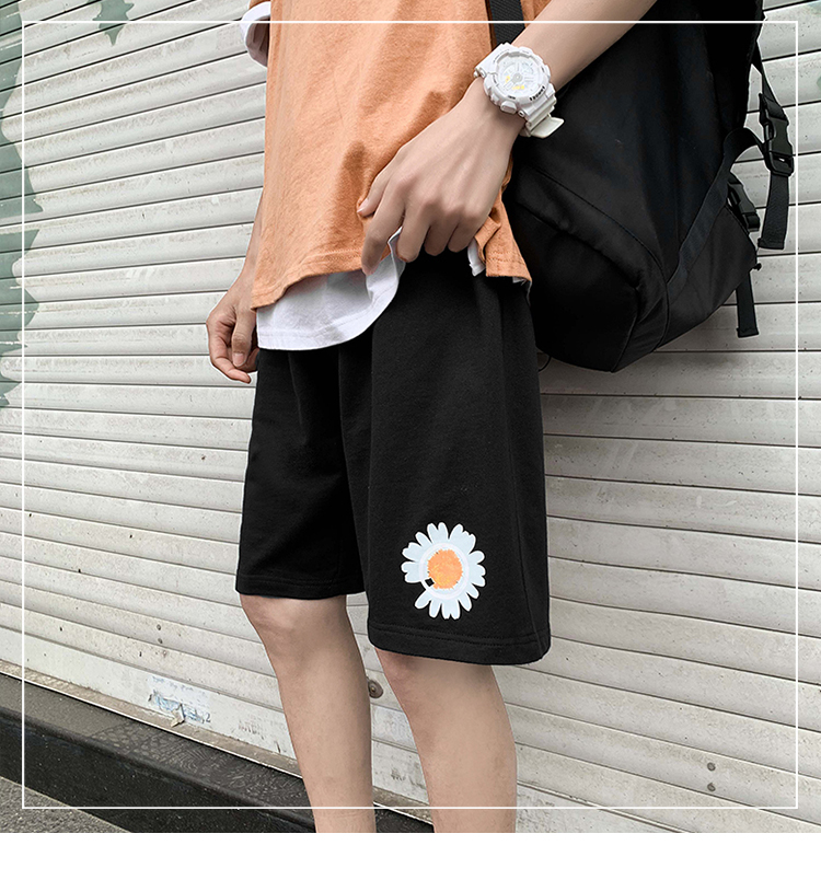 Summer 2020 small daisy printed cotton shorts straight tube sports pants trendy loose large 5-point pants mens and womens pants