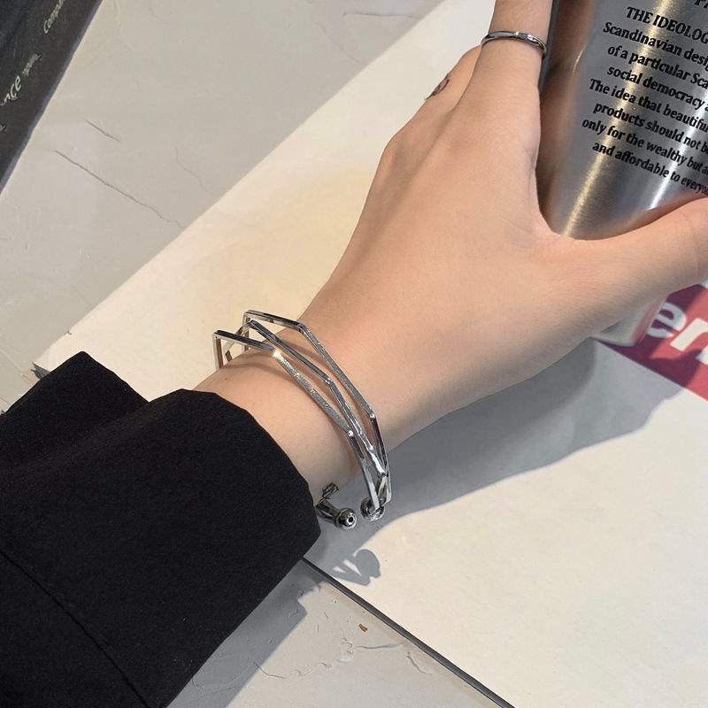 Bracelet ins fashion geometry multi-layer Harajuku opening womens hand jewelry net red Bracelet wind small crowd cold design Cool Man